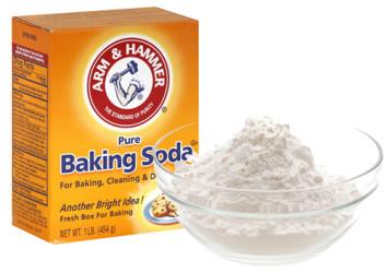 Làm sạch và khử mùi vùng nách bằng bột
